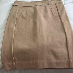 Ann Taylor beige pencil skirt - size 4p